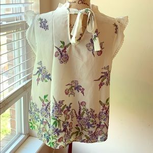 Crescent & Willough Tops - NWT Floral Blouse